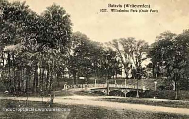 Wilhelmina-Park-Oude-Fort dan benteng tanah, kini mesjid Istiqlal Jakarta