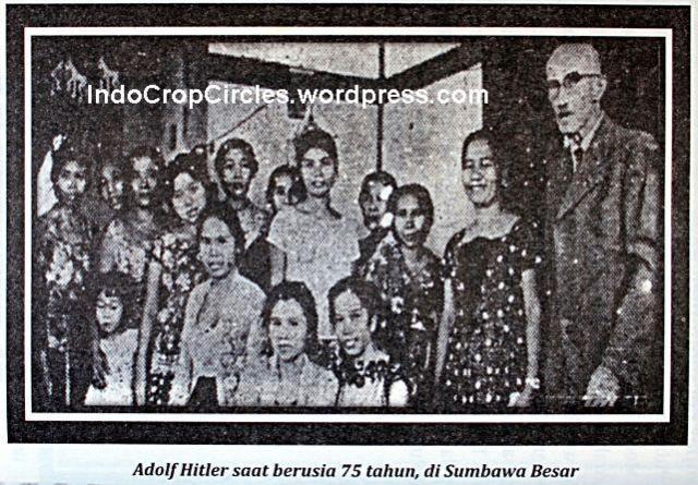 Adolf Hitler (kanan) saat berusia 75 thn di Sumbawa Besar