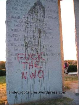Monumen hari kiamat Monumental Instructions for the Post-Apocalypse fuck the nwo