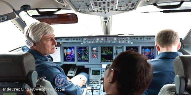 Cockpit sukhoi superjet100