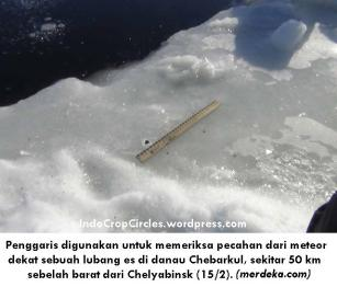 meteor-rusia-yang-jatuh-membentuk-lubang-di-danau-es-002