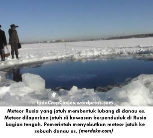 meteor-rusia-yang-jatuh-membentuk-lubang-di-danau-es-003