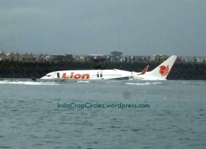 09 lion air crash bali indonesia 13 April 2013