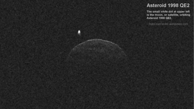 asteroid 1998 QE2 and its moon