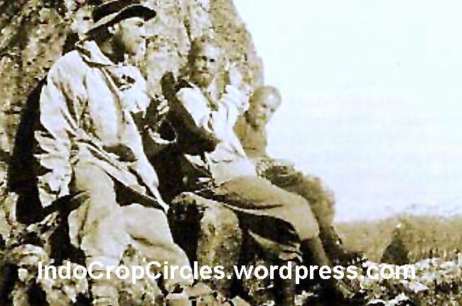 Forbes Wilson bersama anggota geologist Freeport di Erstberg 1967