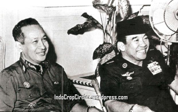 suharto-soekarno duduk berdua
