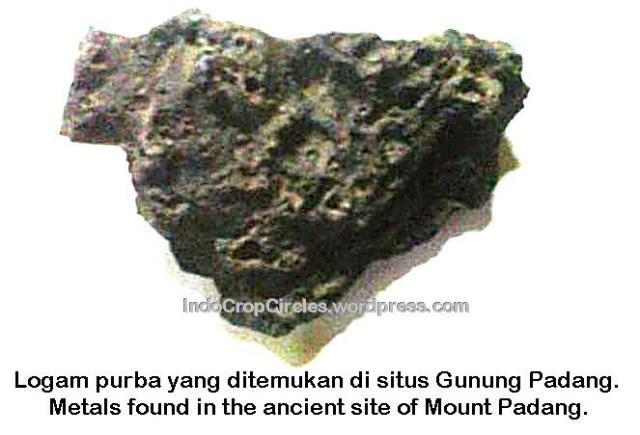 Logam purba yang ditemukan di situs Gunung Padang.