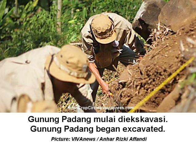 tim-arkeologi-melakukan-ekskavasi-di-gunung-padang
