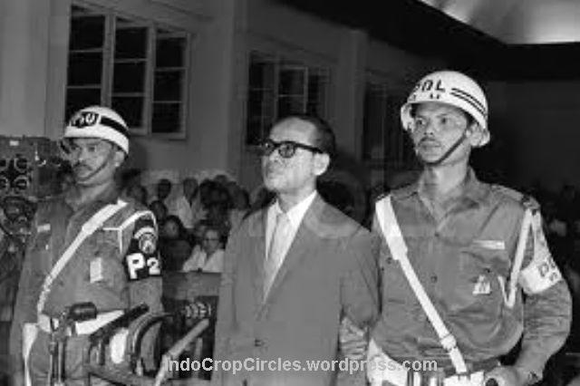 Dr Soebandrio, Sukarno's foreign minister who's responsible for aligning Indonesia with Communist China, was sentenced to death by a military tribunal.jpg