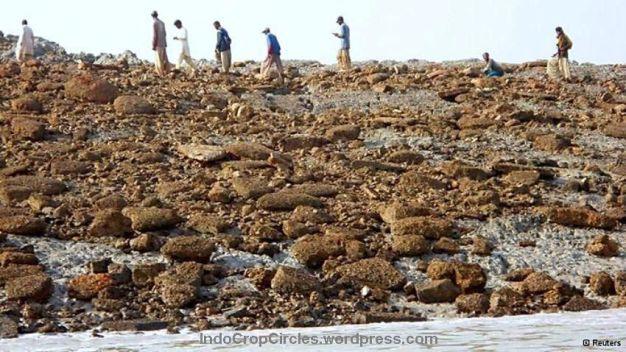 pulau baru akibat gempa pakistan 02