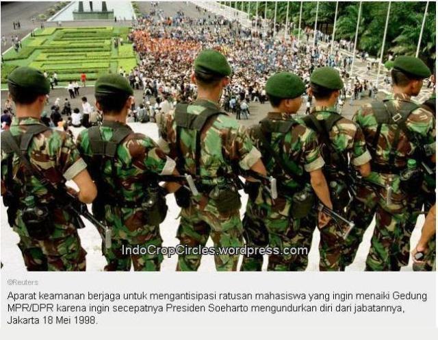 DEMO SOEHARTO 1998 Tragedi MPR DPR