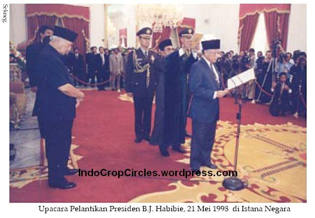 kerusuhan 1998 Istana negara 001
