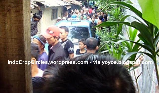 taksi masuk gang sempit kuburan karet jakarta 06