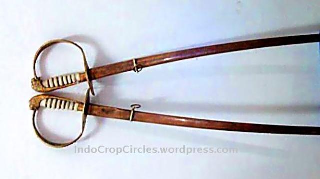 sepasang pedang era voc ditemukan di aceh