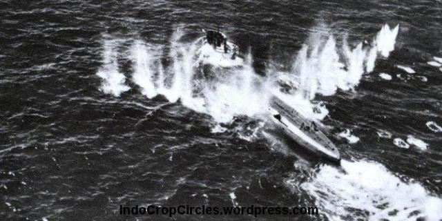 u-boat-nazi-karam-di-laut-jawa 01