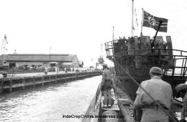 u-boat-nazi-karam-di-laut-jawa 05