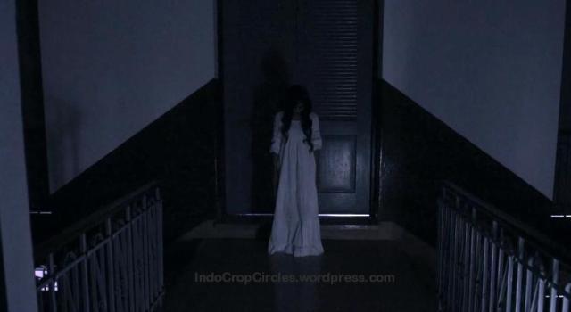 hantu kuntilanak di lawang sewu 04