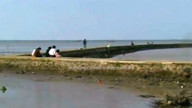 Air laut Serang Banten Surut 03