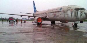 bandara Juanda Surabaya abu kelud