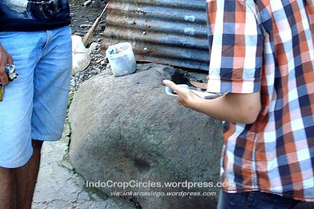 Parasasti Cikapundung di kampung Cimaung, Tamansari, Bandung 2