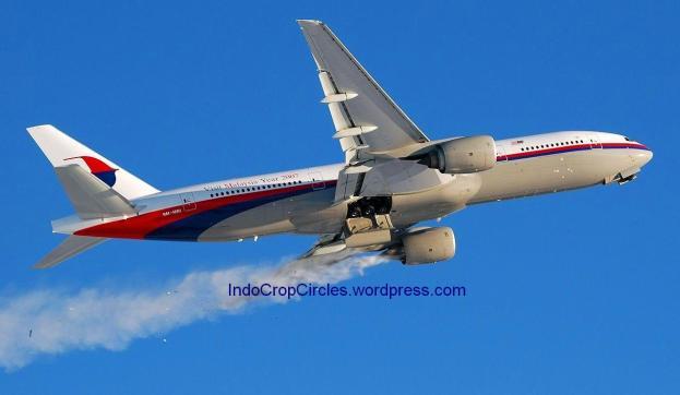 MAS Boeing 777-200er smokey