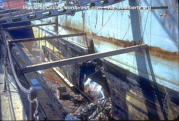 USS-Liberty damage by Israel torpedo