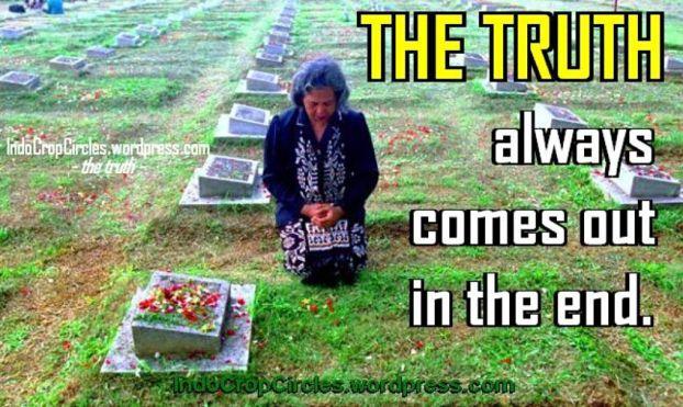 doa-di-kuburan-tragedi-berdarah-1998