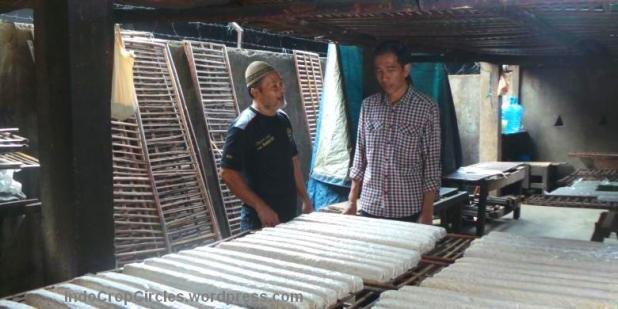 Jokowi blusukan ke Perajin Tempe di Jambi