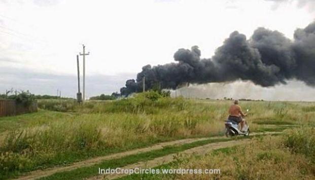 mh-17 burning 01