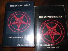 Satanic Bible, kitab satanisme.