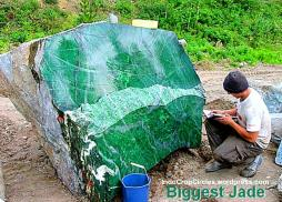 biggest jade batu giok