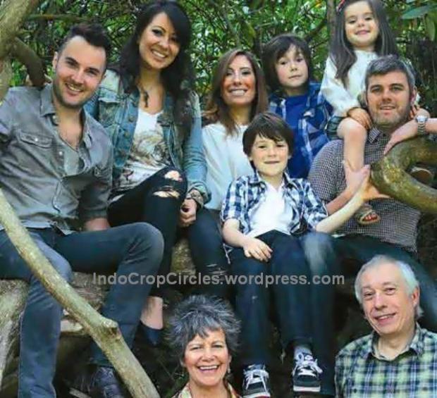 Marina-Chapman-with-her-family