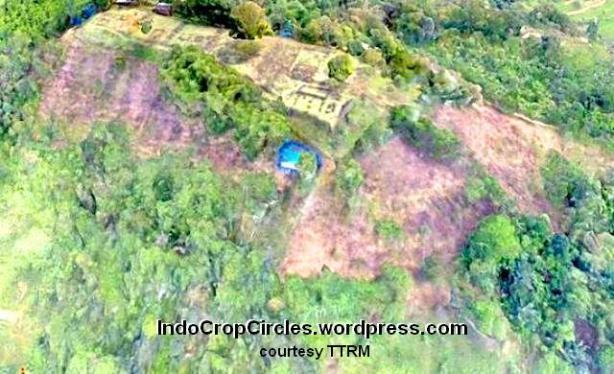 gunung padang from drone 01