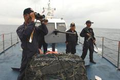 Illegalk fishing di Kepulauan Natuna oleh nelayan-nelayan Vietnam (screenshot NatGeo: indonesian Fish Wars)