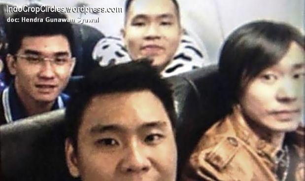korban air asia foto selfie air-asia-Hendra Gunawan Syawal (23)