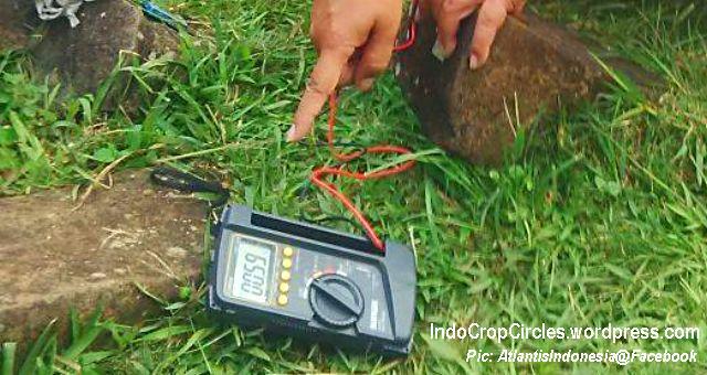 Batu gunung padang mengandung listrik 04