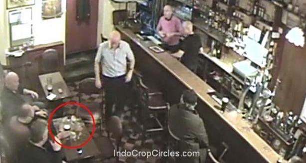 18 Poltergeist di Bar Barney Mac, Irlandia