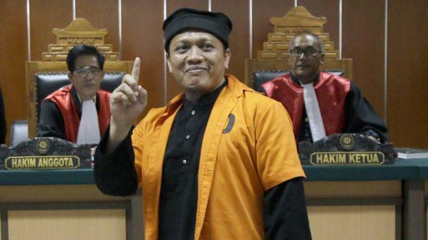 Ali Hamka dinyatakan berusaha memasok senjata dan amunisi untuk serangan Sarinah, Jakarta Pusat. (pict: AP)
