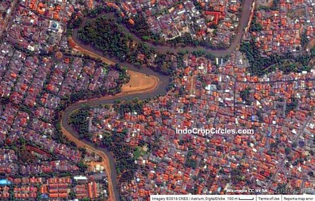 Sungai Ciliwung di kawasan Condet, Jakarta Selatan