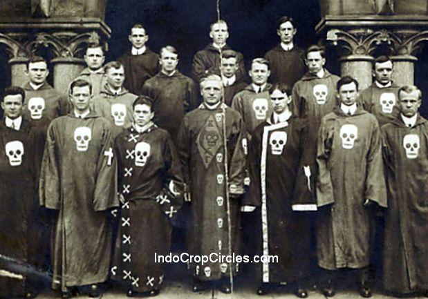 tengkorak skull bone illuminati