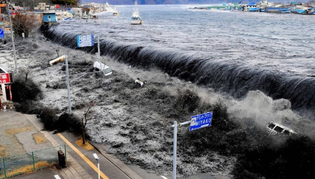 japan tsunami jepang 01