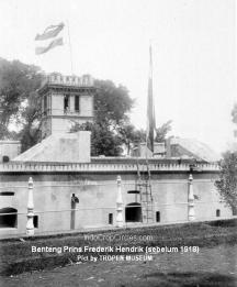 Benteng (Citadel) Prins Frederik Hendrik di Weltevreden (kini Masjid Istiqlal) sebelum tahun 1918. (Pict by TROPEN MUSEUM)