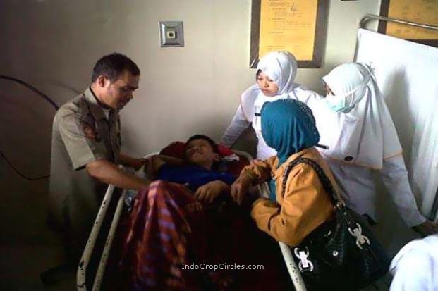 Akmal juga sempat bertelur ketika berada di rumah sakit.