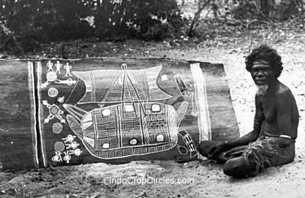 Seorang suku Marege dan gambar phinisi pada kulit kayu.