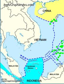 Zona ZEE Indonesia dan Zona ZEE Cina RRT sangat jauh. (pict: IndoCropCircles.com)