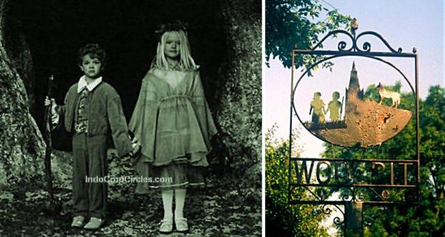 Papan tanda desa yang menggambarkan dua anak-anak berkulit hijau, dipancangkan tahun 1977.