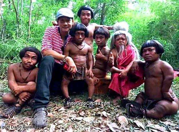 Suku kurcaci Yo Banni di Sulawesi (pic Dario Sulawesi)