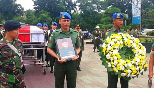 pemakaman-legenda-timnas-indonesia-maulwi-saelan