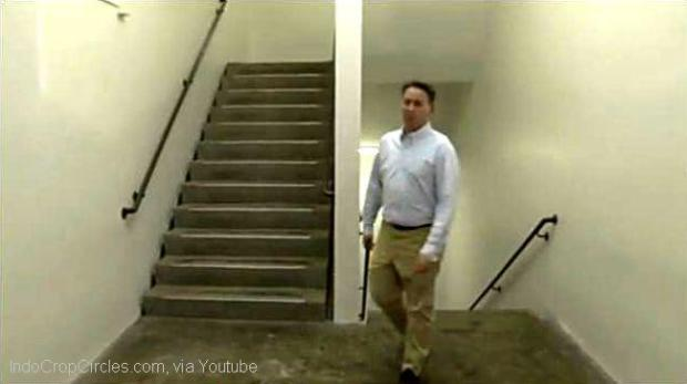 The Escherian Stairwell (youtube)