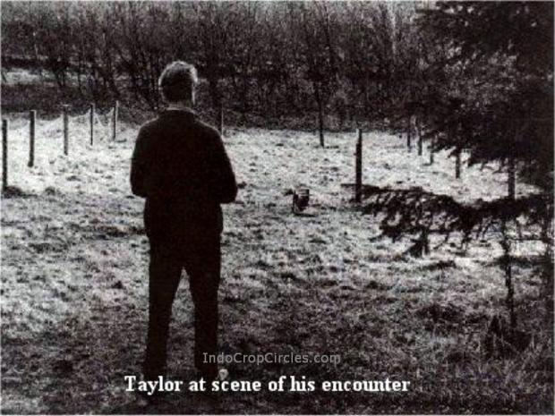 Robert Taylor berada di tempat kejadian.